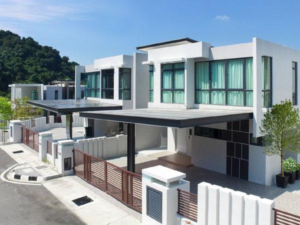 Trehaus Semi-D Villa